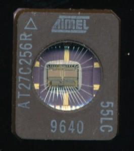 AtmelAT27C256R-55LC_600dpi